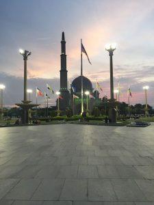 Mezquita Putra al atardecer