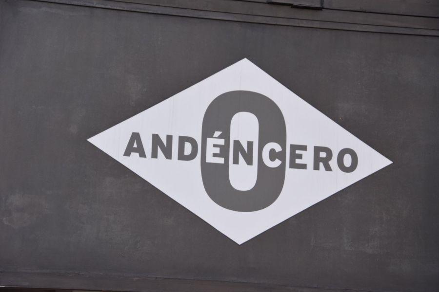 Logotipo de Andén 0