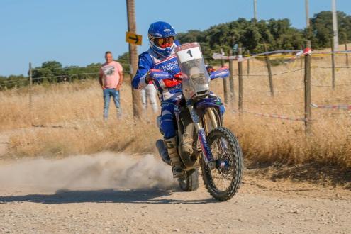 António Maio estreou moto do Dakar em provas do CNTT