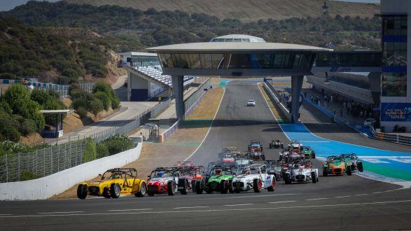 Corridas 'loucas' marcam regresso do Super Seven by Toyo Tires a Jerez de La Frontera!