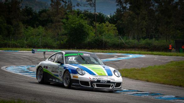 Duplo pódio para José Rodrigues na estreia na Porsche GT3 Cup em Braga