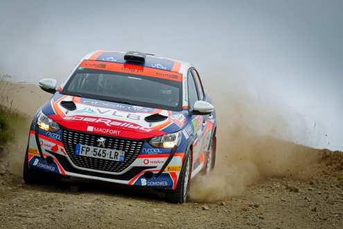 Pedro Almeida e Hugo Magalhães no Rallye de Ourense