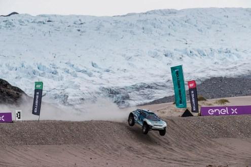 CUPRA alcança semifinal da Extreme E e mostra potencial elétrico na primeira corrida da história na Gronelândia