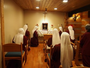 ASAP upon moving into Cor Jesu Monastery, Handmaids set up the Oratory and adore Our Lord.