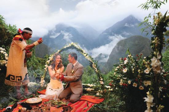Elopement Wedding | Machu Picchu Belmond Sanctuary Lodge
