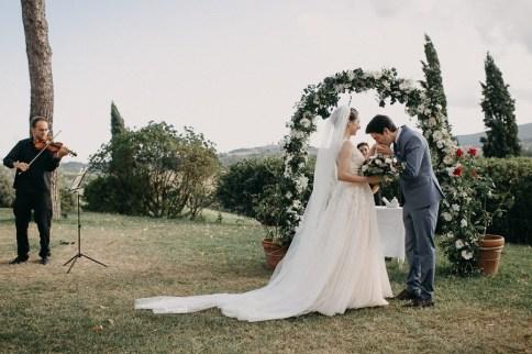 Elopement Wedding | Agriturismo Marmoraria, Toscana