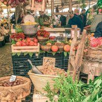 Dicas de viagem para veganos: experimente ingredientes locais e típicos