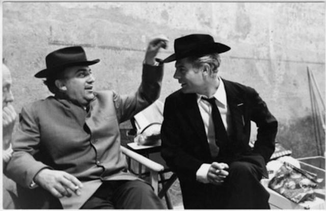 Fellini con Mastroianni sul set di Otto e mezzo
