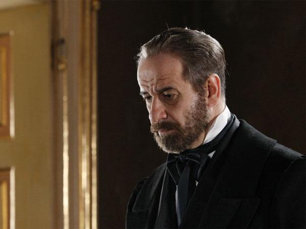 Toni Servillo è Mazzini