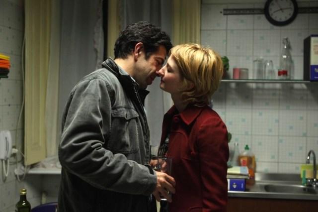 pierfrancesco-favino-e-alba-rohrwacher-in-una-scena-del-film-cosa-voglio-di-piu-diretto-da-silvio-soldini-144981