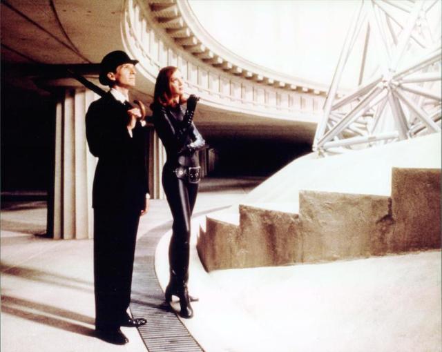 Ralph Fiennes e Uma Thurman in 'The Avengers - Agenti speciali'