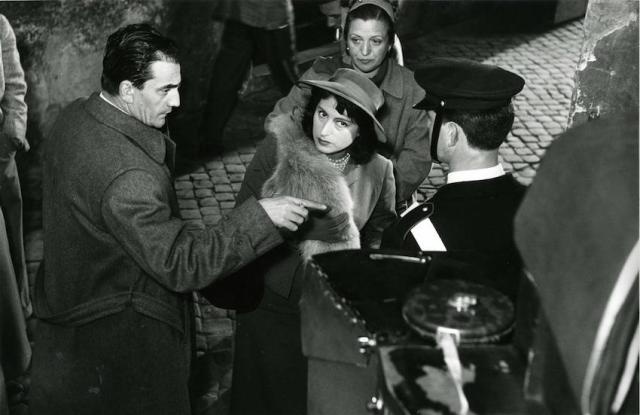 Anna Magnani sul set con Luchino Visconti