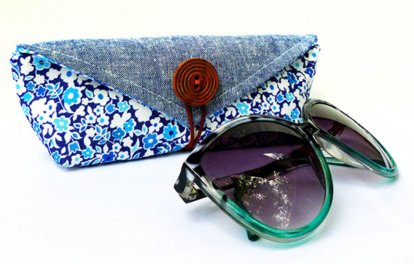 Sunglasses-and-case-final
