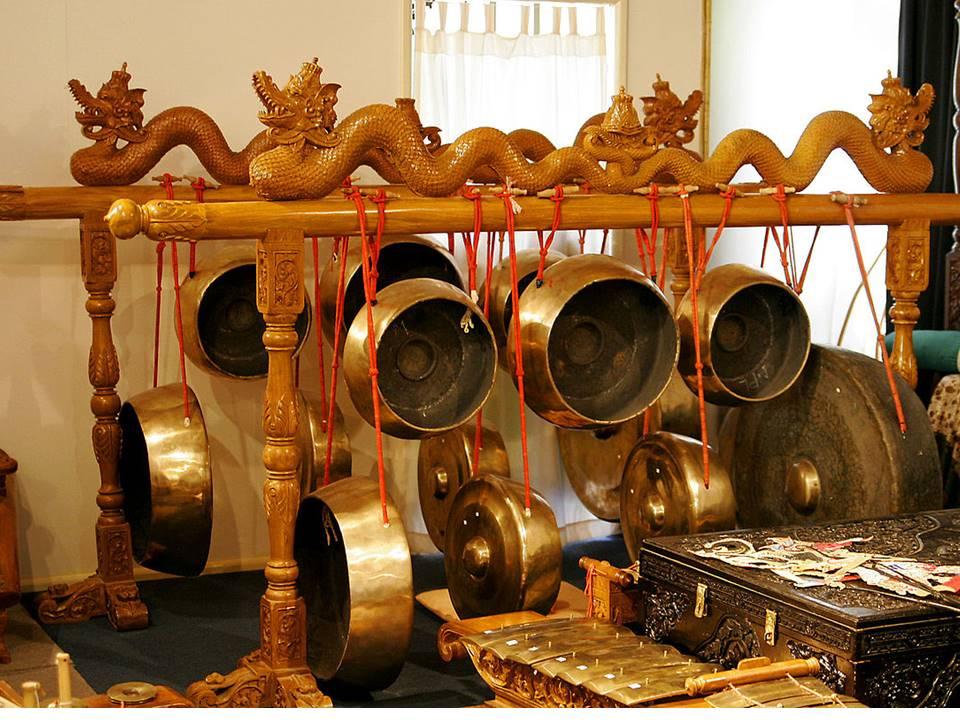 Alat Musik Bali Gong