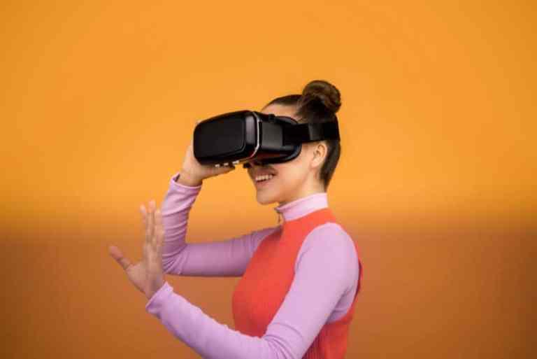 visual learner VR goggles