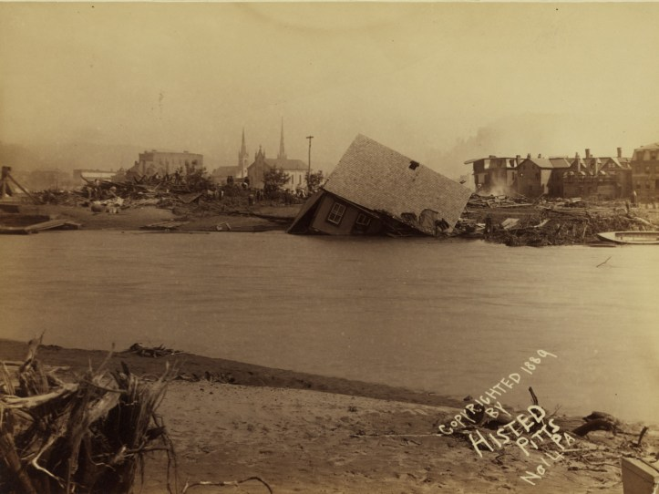 View of homes destroyed by the Johnstown Flood, May 31, 1889. (Ernest Walter Histed/Library of Congress | Public domain)