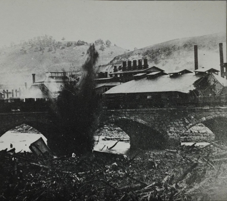 Dynamiting the debris at Stone Bridge. (Photographer unknown)
