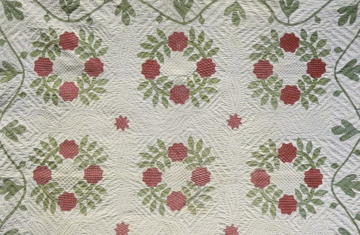 """Mary Ann Bishop's """"Wreath of Roses"""" Appliqued Quilt, made between 1840 and 1850. (National Museum of American History, Kenneth E. Behring Center)"""