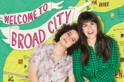 Broad City show promo showing the two lead actors in front of a banner that says Welcome to broad city