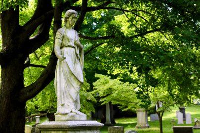 Hygeia: Women in the Cemetery Landscape