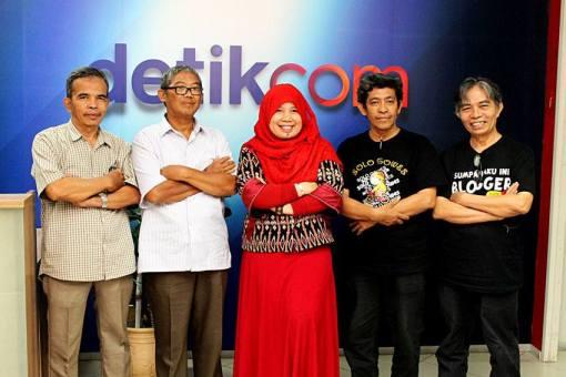 Srikandi di sarang penyamun : dari kiri ke kanan Bambang Irianto, Purwo Susanto, Edrida Pulungan, Nur Aliem Halvaima (Bang Nur Terbit), Dian Kelana (Foto dok Pribadi)