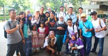 Komunitas TDB atau #TauDariBlogger saat mengikuti #WisataKRL