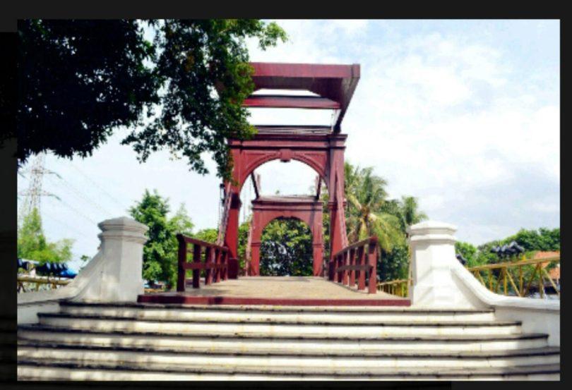 Jembatan Kota Intan yang cocok untuk foto-Sumber foto : jakartayuk.wordpress.com