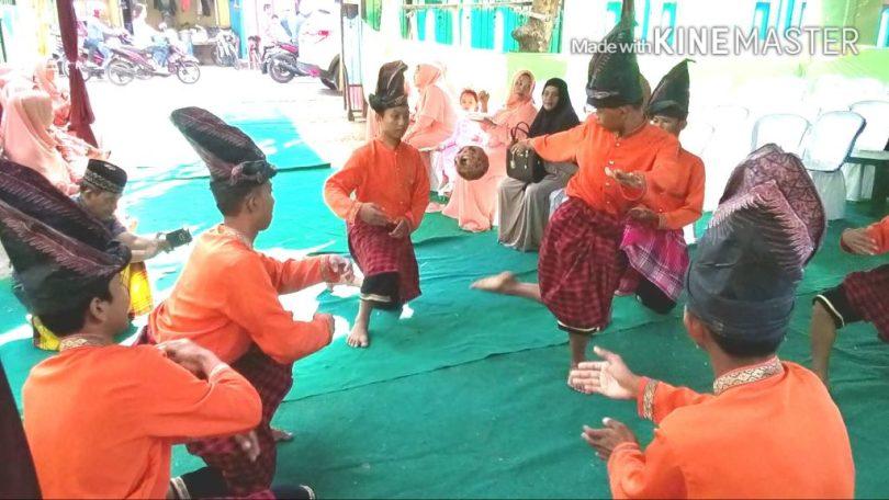 Sepak Raga Khas Makassar (foto : Nur Terbit)