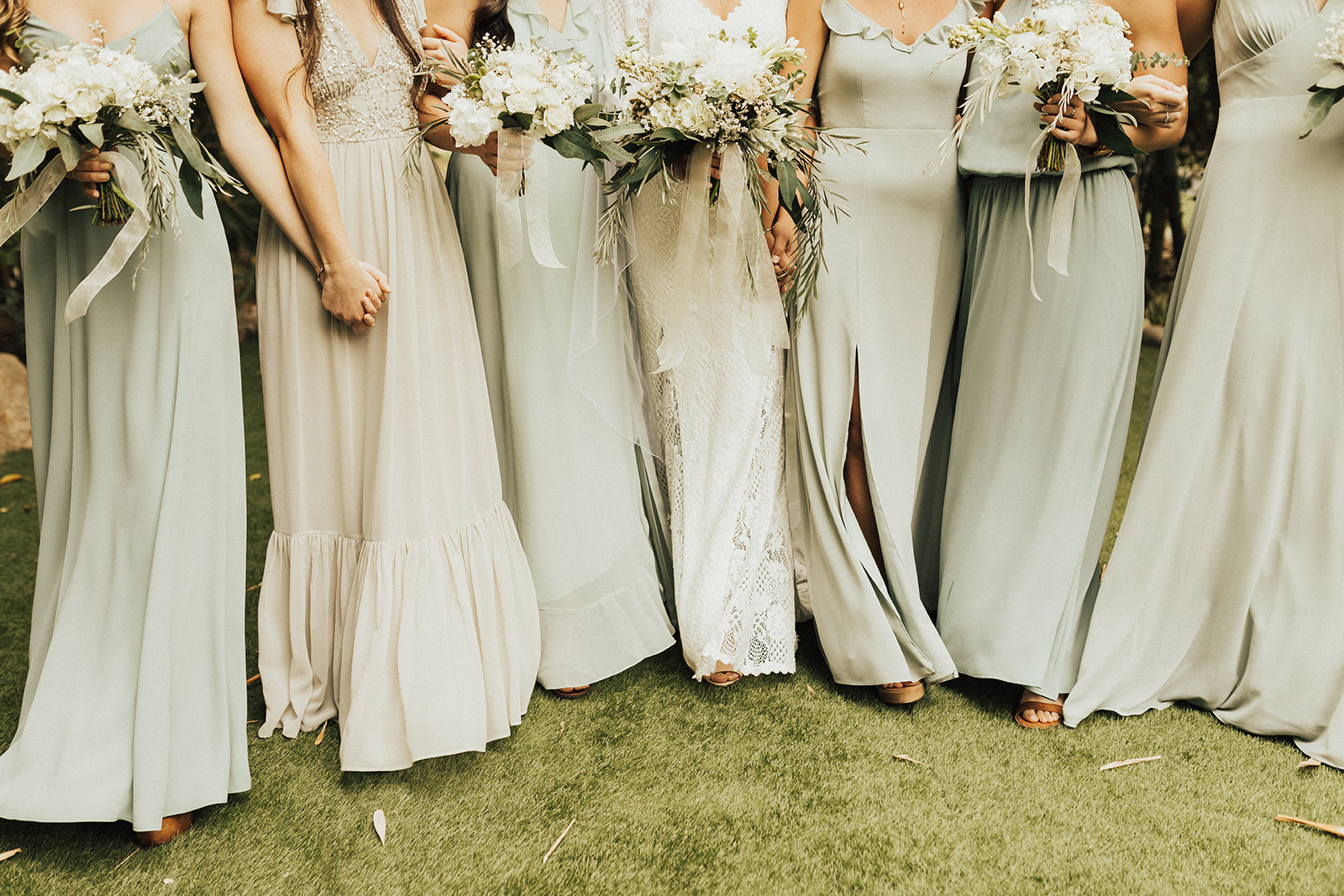 This lovely textured white wedding was a blast! I loved working with this wide variety of whites, creams and yellowed greens to create this multi-dimensional bohemian look.