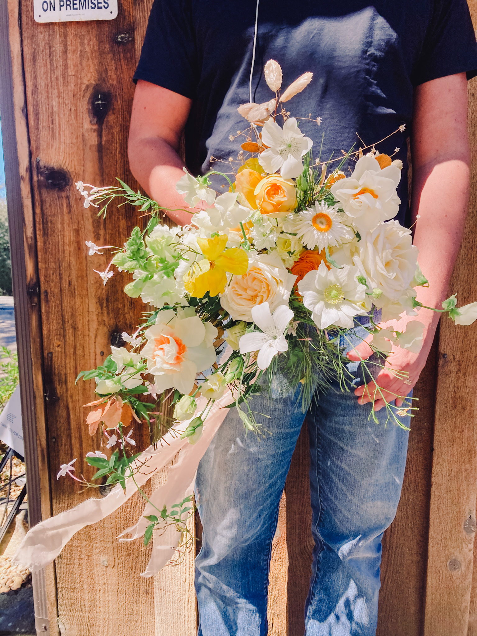 Nurture Floral Co.'s sustainable wedding flowers are designed by nature and arranged with intention. Gorgeous, nuanced color, full of soul in San Diego.