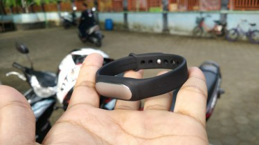 Mi Band Indonesia di Water Byur Sumber Ponjong
