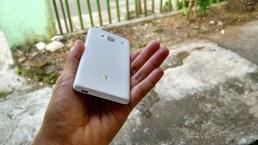 Sisi belakang Xiaomi RedMi 2 baru