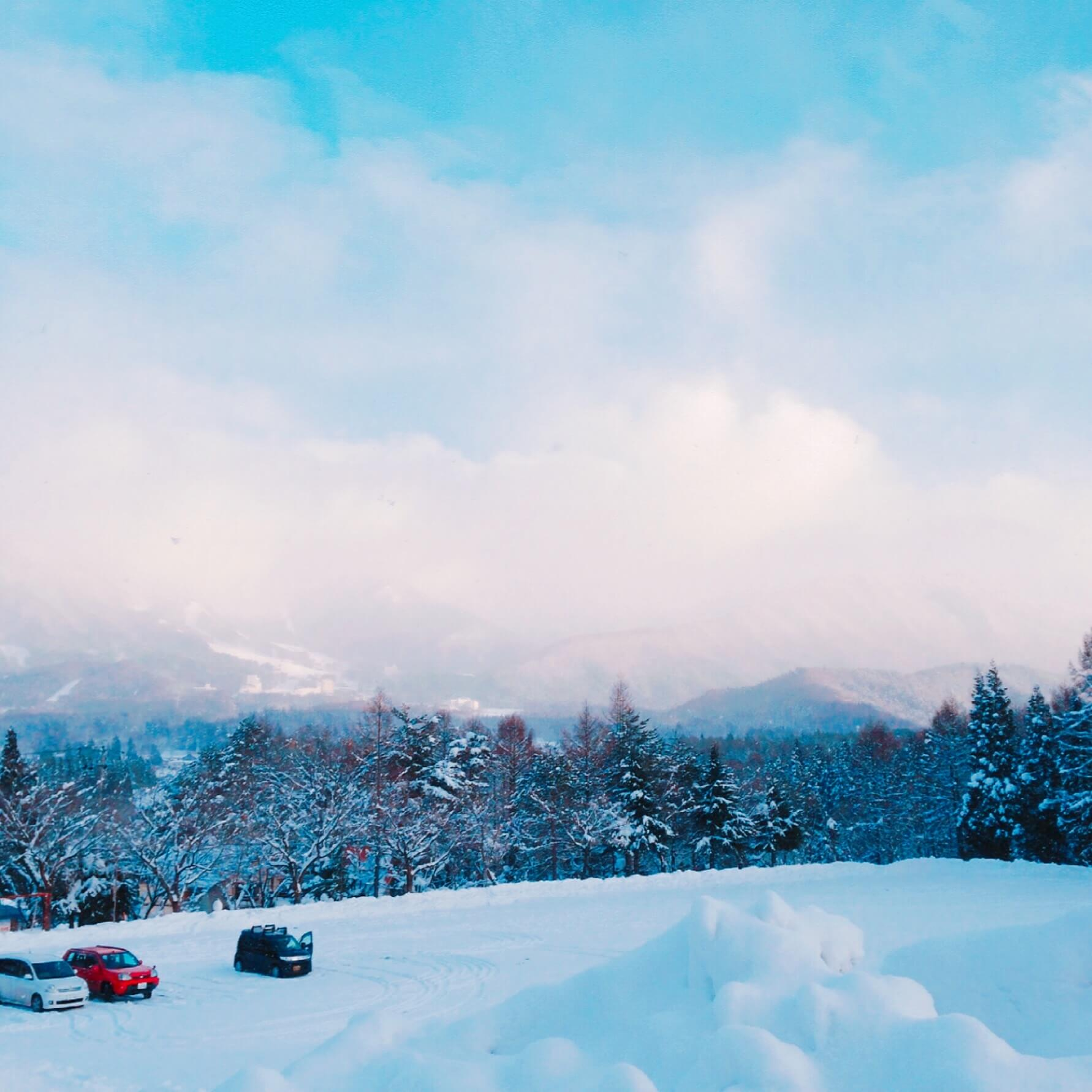 blue-snow-sky-winter