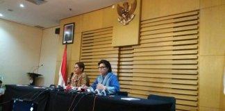Wakil Ketua KPK, Basaria Pandjaitan dalam Konferensi Pers OTT PN Jakarta Utara, Kamis (16/6/2016)/NUSANTARANEWS.CO FOTO/Rere Ardiansah
