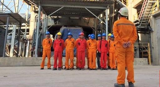 Pekerja asal Tiongkok di Bayah, Lebak, Banten/Foto Nusantaranews via CNN