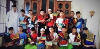 Komunitas Surabaya Berbagi kembali Berbagi dengan Satri/Foto nusantaranews (istimewa)