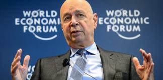 Klaus Martin Schwab Pendiri sekaligus Direktur The World Economic Forum (WEF). Foto via huffington Post