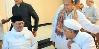 Keakraban almarhum KH. Hasyim Muzadi dengan Habib Rizieq Syihab   Koran Sindo