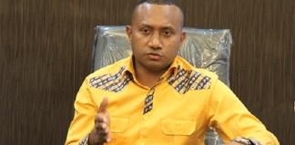 Penggagas Koalisi Masyarakat Papua Pemantau Pilkada, Yan Mandenas | JBCN