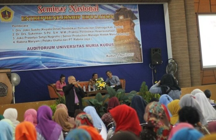 Seminar nasional bertajuk