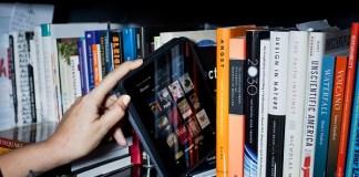 Era digital geser buku konvensional/Foto Ilustrasi/baomoi/Nusantaranews
