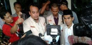 Pedri Kasman (Pakai Kopyah Nasional). Foto Dokumentasi Pribadi