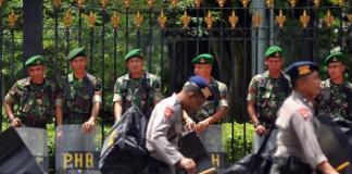TNI dan Polri/Foto via berita77/Nusantaranews