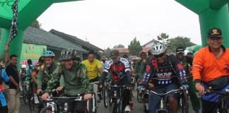 Gowes bersama Kodim 0824 /Foto Dok. Pribadi/Nusantaranews