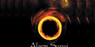 """(Ilustrasi) Cover Buku Antologi Puisi Emi Suy """"Alarm Sunyi""""./ Istimewa"""