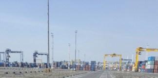 Akibat pekerja mogok kerja pelabuhan petikemas terbesar di Indonesia, JICT yang menangani hampir 70% ekspor impor Jabodetabek itu lumpuh total. Foto Istimewa
