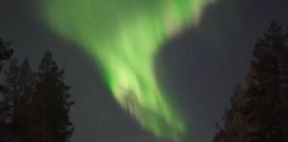 Penampakan Aurora di Langit Finlandia. Foto: Reuters