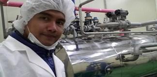 Dosen Laboratorium Ilmu dan Teknologi Daging Fakultas Pertanian UGM Endy Triyannanto usai penelitian di perusahaan Harim Korea Selatan. Endy mengusulkan pengembangan dendeng bebek madu yang sehat dan berkualitas untuk dilakukan di Indonesia sebagai salah satu jenis kuliner baru. (Foto: Dok. Pribadi/Istimewa)