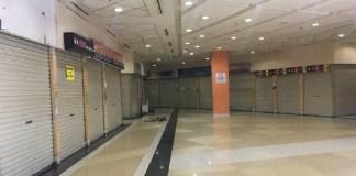 Gerai-gerai perbelanjaan tutup/Foto via detik/Nusantaranews