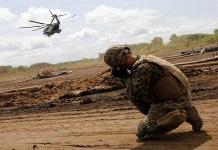 Pasukan AS dan Jepang menggelar latihan militer gabungan dengan sandi Orient Shield di Jepang. (Foto: Reuters)